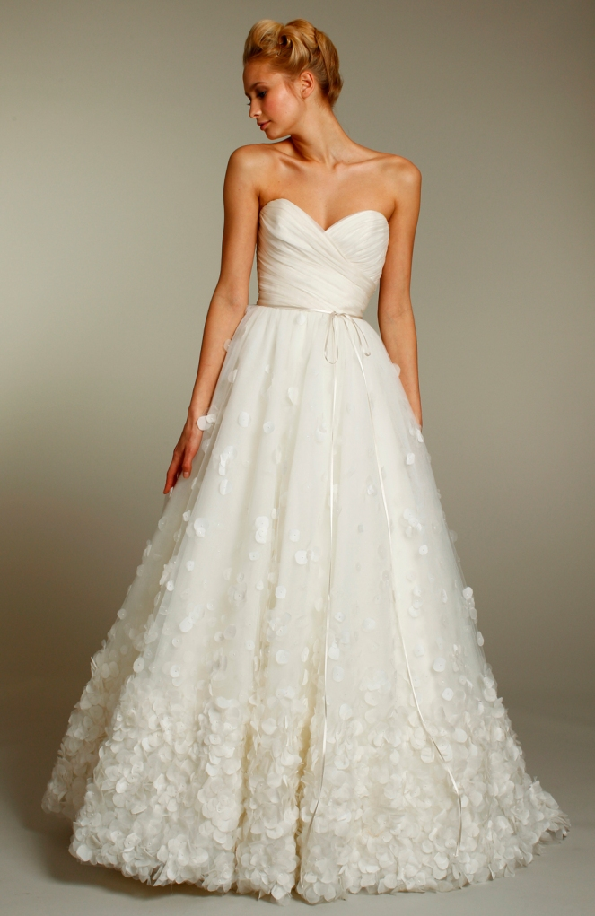 8157-wedding-dress-sweetheart-a-line-fall-2011-gowns.full