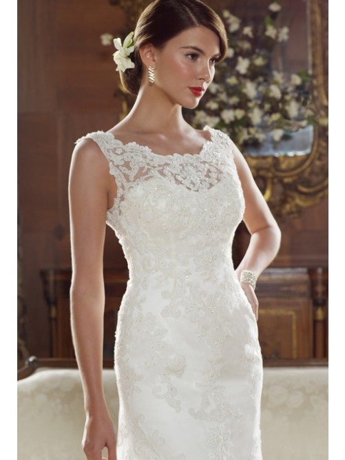 a-line_scoop_neck_sleeveless_chapel_train_lace_wedding_dress-2