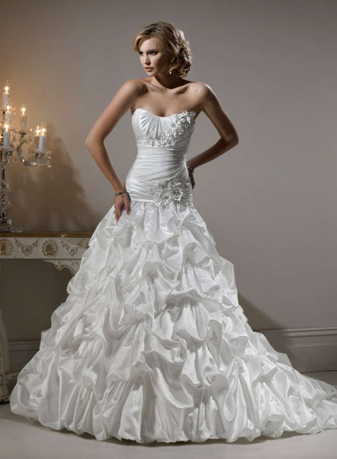 satin-strapless-dipped-neckline-ball-gown-wedding-dress