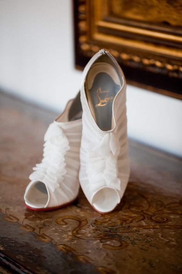 white-ruffles-wedding-shoes
