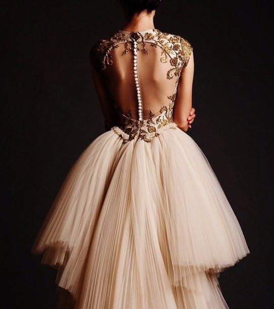 iofy62-l-610x610-dress-beaded-long-dress-formal-dress-prom-dress-pretty-dress-ivory-dress-long-prom-dress-long-evening-dresses-no-back-gorgeous-dress-amazing-gold-tumblr-tumblr-dress