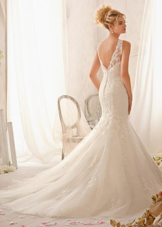 2015-ivory-fitted-illusion-scoop-neck-v-back-wedding-gown_2