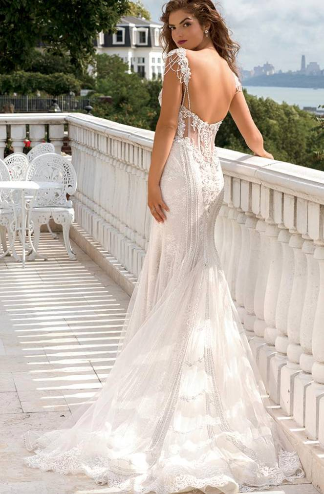 eve-of-milady-wedding-dress-20-12152015nz