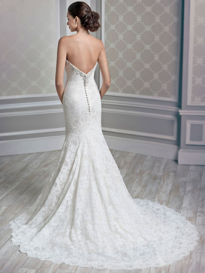 v-back-lace-strapless-beaded-applique-white-trumpet-wedding-dress-2